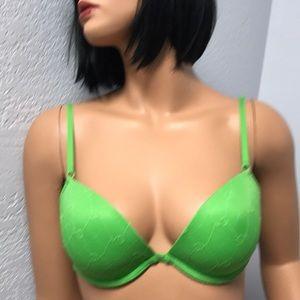 New condition Victoria Secret Push Up Bra S 34C